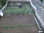 2011.12.2 半分完成の階段と野菜花壇