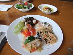 彩り鮮やかな夏野菜と旬の魚介類が満載のイタリアンランチブッフェ