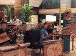 ベトナム民族楽器の演奏