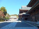 仏殿・法堂・方丈と並ぶ伽藍配置