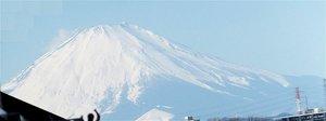 富士山もくっきりと雪化粧