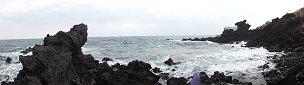 波打ち際の展望所からの眺め