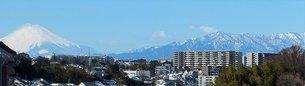 富士山と丹沢の山並み