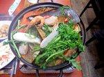 ヘムルチョンゴル カニやエビ、タコなど魚介類をふんだんに入れた海鮮鍋(ソウル明洞)